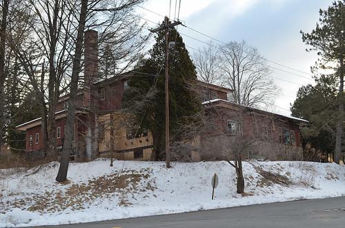abandoned hotel resort libertyny grossingers borschtbelt sullivancountyny