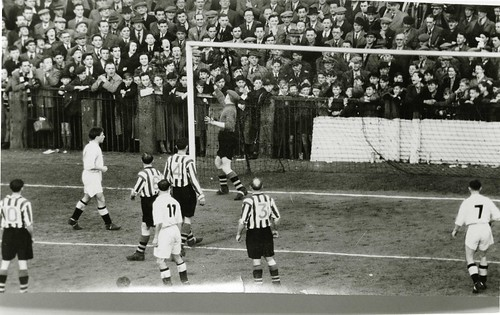 1953 v Notts Co