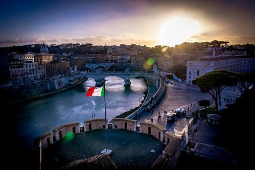 roma italia citta rome italy castelsantangelo sunset view tevere tiber river art history architecture