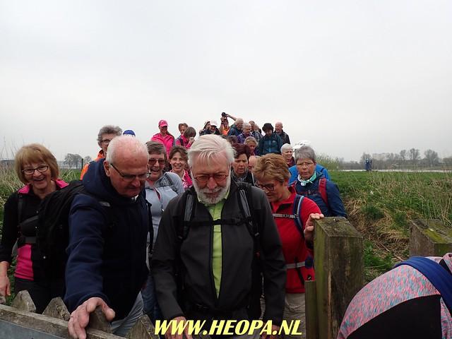 2018-04-11              Rhenen 2e dag    25 Km  (27)