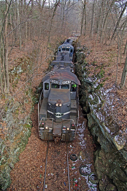 YSRR northbound Mill Rock, OH
