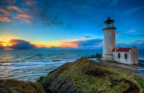 beach washingtonstate hdr northheadlighthouse coastalimages westcoastlighthouses lighthousesunset washingtonlighthouses ilwacowashington pacificcoastlighthouses lighthousetrek canonrebelxsi fresnatic