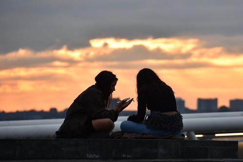 brussels bruxelles silhouette urban sky dawn place poelart nikon d7200 girls friends townscape sunset towers smartphone cigarette belgium belgique jacquesteller placepoelart flickr photo