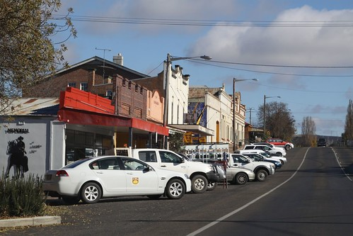 Reverse-in car parking in New South Wales