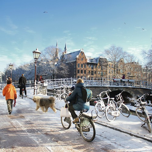 Icy road and bridge in Amsterdam | by B℮n