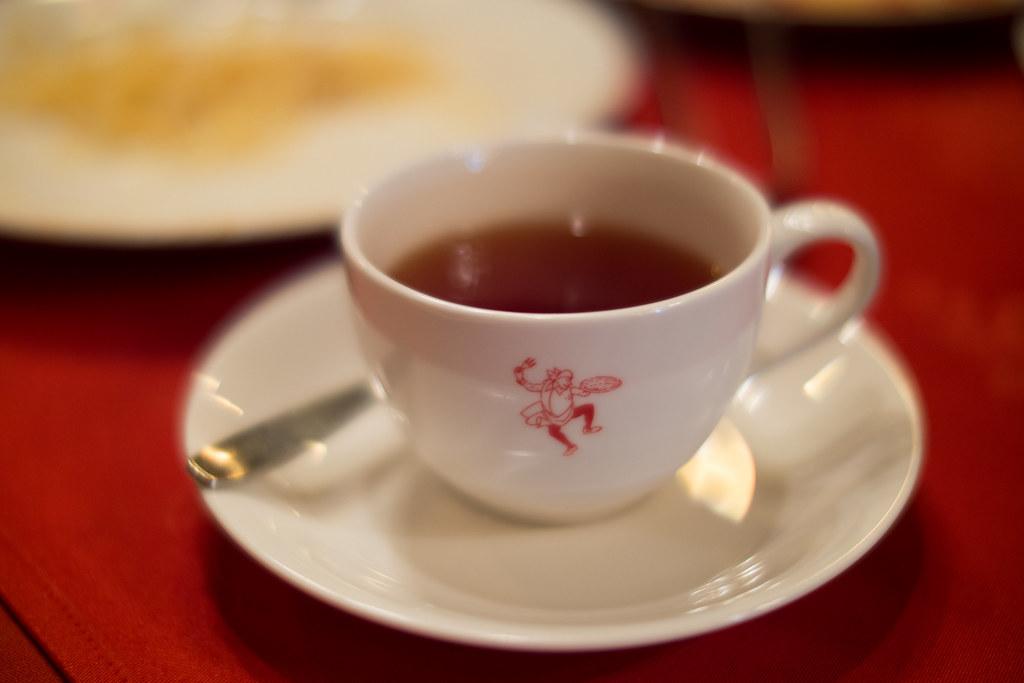 銀座イタリー亭の紅茶 2013/04/05 OMD57086