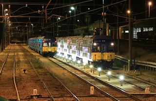 2012-05-15-0337-35-000 V6 and V5 at Lithgow Yard | by gunzel412
