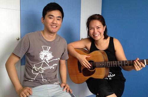 Beginner guitar lessons Singapore Maesy