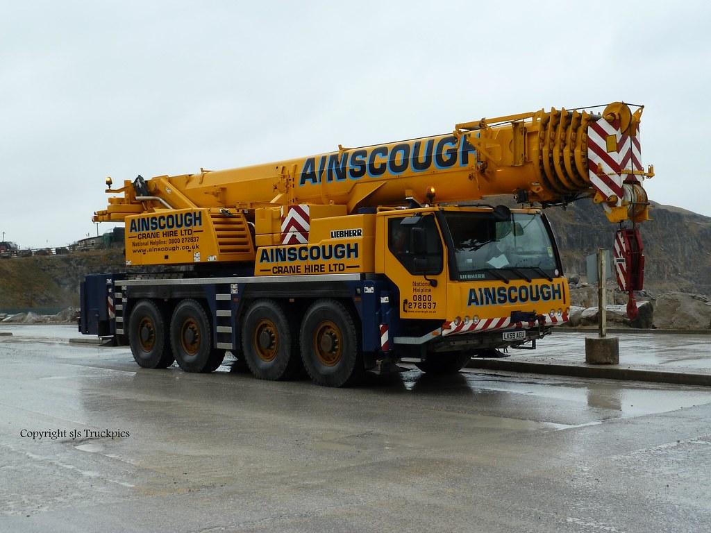 Mobile Cranes | Ainscough 100 Tonner Liebherr