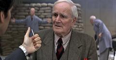 """Desmond Llewelyn as """"Q"""" in """"GoldenEye"""""""