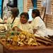 Fiesta de ofrenda para la cosecha del grano de café - Party and offering for the coffee harvest; San Cristóbal Lachiroag, Región Sierra Juárez, Oaxaca, Mexico por Lon&Queta
