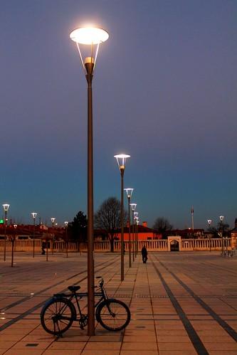 street light sunset turkey türkiye colourful konya günbatımı mevlana ترکیه قونیه akşamgüneşi مولوی ترک، molevi