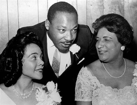 La très réputée Constance Baker Motley, première femme américaine de couleur à devenir Juge Fédérale dont les 2 parents étaient Néviciens / First African American woman Federal Judge Constance Baker Motley had 100% Nevisian roots