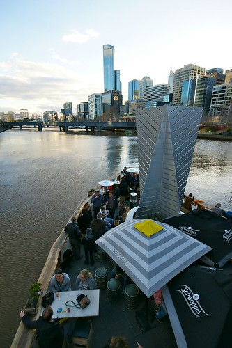 Ponyfish pub, cafe on the Yarra River, Melbourne | by Joe Lewit