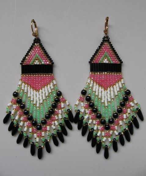 Seed Bead Earrings by pattimacs.etsy.com