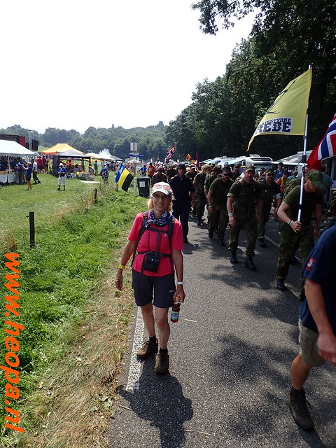 2016-07-21   3e  dag Nijmegen   40 Km  (124)