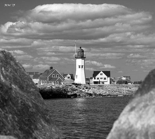 blackandwhite lighthouse clouds reflections jetty massachusetts atlantic southshore scituate waterreflections reflectionsinwater oldscituatelighthouse canont1i