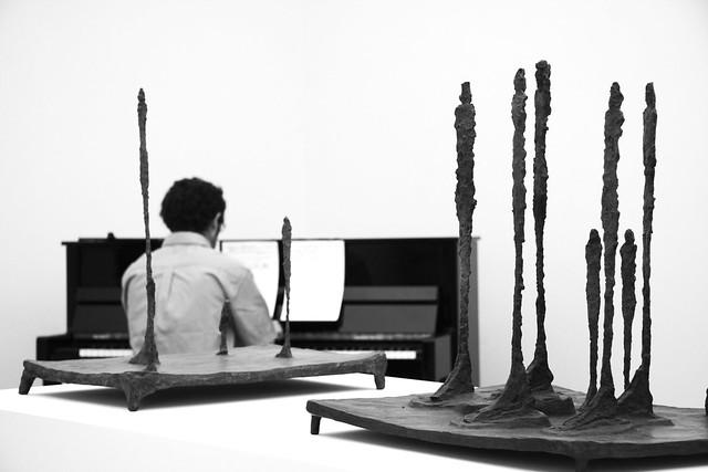 Avec Giacometti et en musique