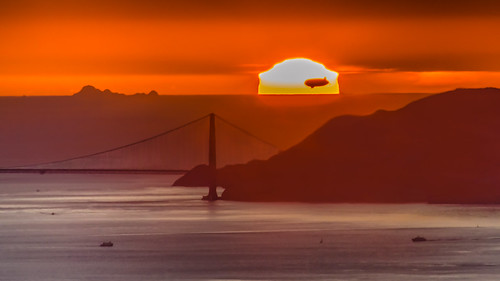 silhouette nikon floating goldengatebridge blimp sanfranciscobay marinheadlands sunet califonia farallonislands d7000