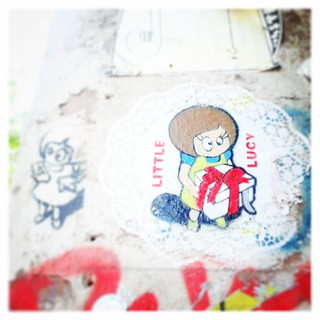 Happy Friday wünscht Little Lucy #Instagram | by Lippenherz