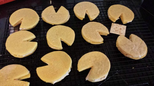 Pacman sandwich cookies