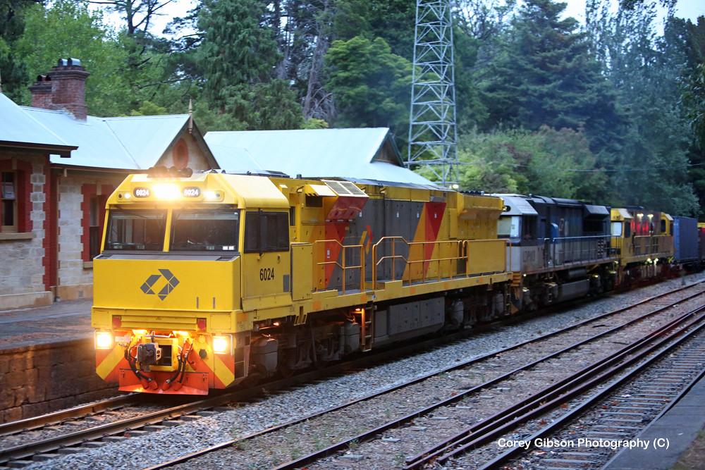 6024, LDP003 & 2809 pass through Mt Lofty station by Corey Gibson