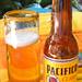 Cold Pacifico Beer por Robert Bortolin