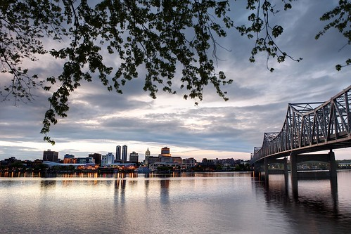 sunset river illinois peoria illinoisriver murraybakerbridge peoriamagazines