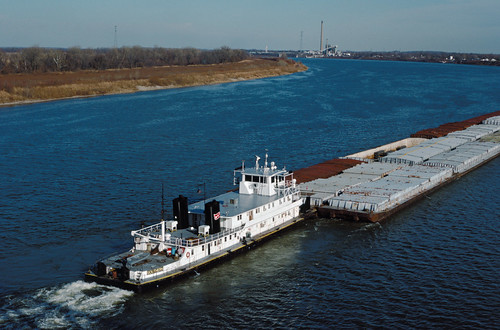 usa river unitedstates kentucky southern ohioriver owensboro towboat towboats glovercarybridge