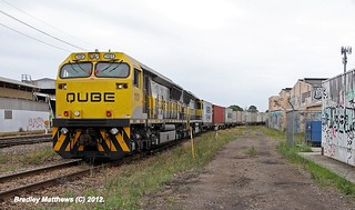 1101-1108 on #4112 QUBE'S Container to Port Botany at Islington Junction in Newcastle (21/12/2012). | by Bradley Matthews Photography