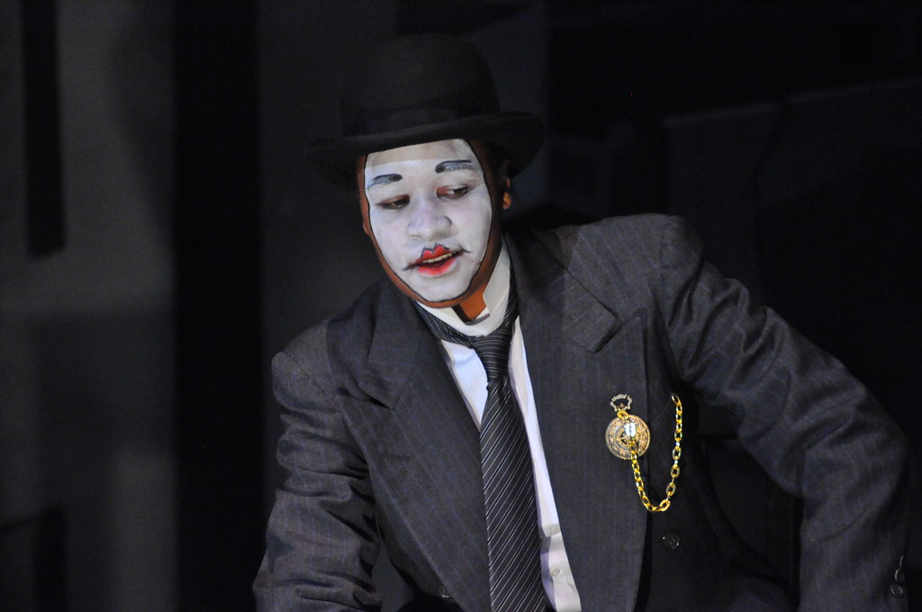 The Resistible Rise of Arturo Ui : Fall 2013