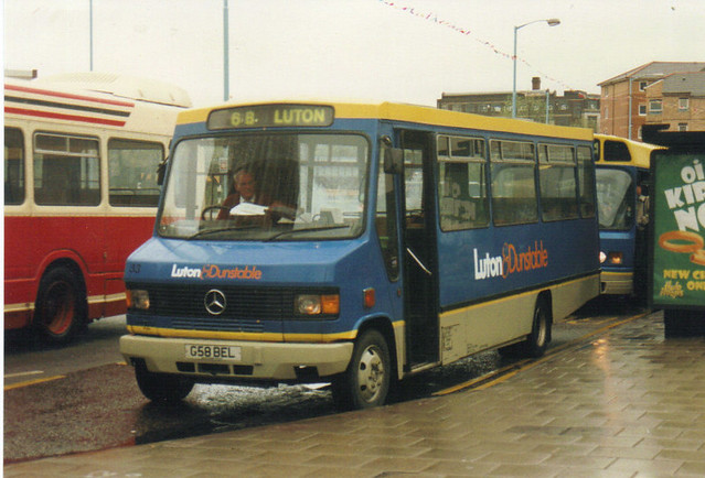 33 (1), G58 BEL, Mercedes Benz 811D, Wadham Stringer Wessex Body DP31F, 1989 (t.1996) (ex-Buffalo, Flitwick)