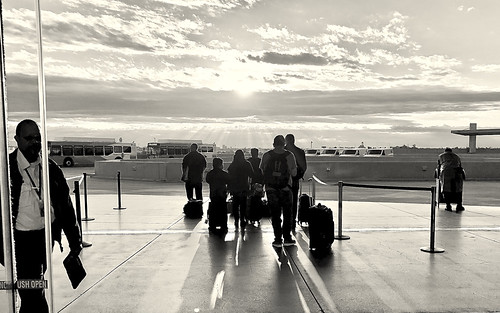 car rental phx phoenix harbor airport march 2018 silhouette sunrise morning