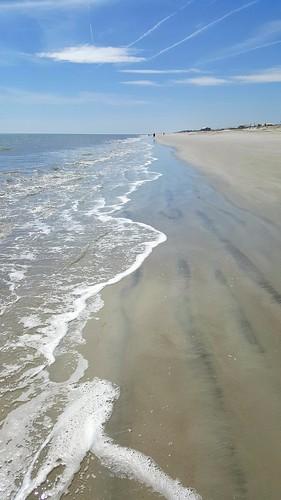 beach ocean waves abeautifulday fernandinabeachfl ftclinchstatepark floridabeaches sand partlycloudy takeawalk behealthybehappy vitamindtherapy thisisflorida