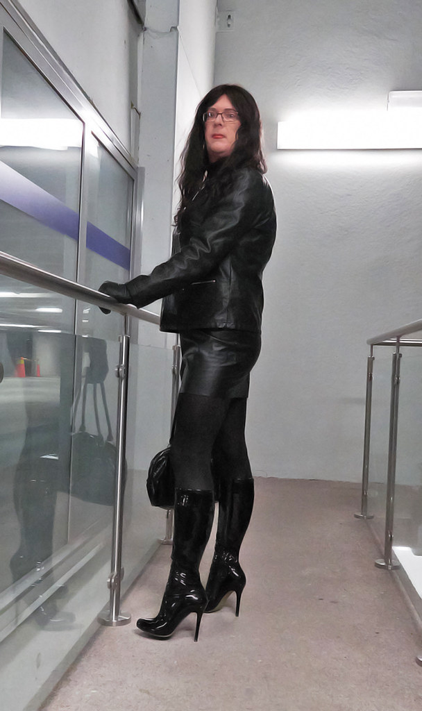 Black Patent High Heels Boots And Leather Outfit Jenny
