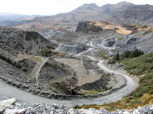 Maen-offeren quarry