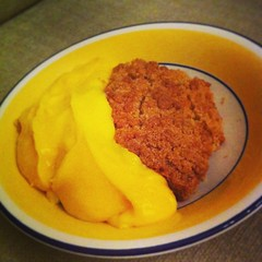 Apple, Peach and Orange Crumble #pudding #dessert #igdaily #igaddict #hkig #ukig #instafood #applecrumble #foodgraphy #food #foodporn #iphoneography #foodgasm #delicious #yummy #tasty