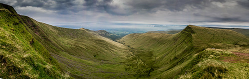 wales mountain brecon breconbeacons beacons outdoor scenery panasonic britain lumix wild
