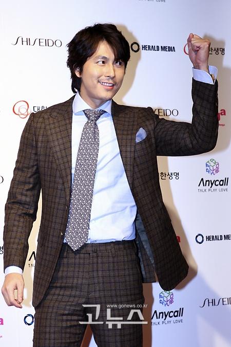 Jung Woo Sung ???