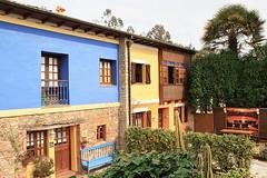 Fachada principal. Casas Rurales Pradina