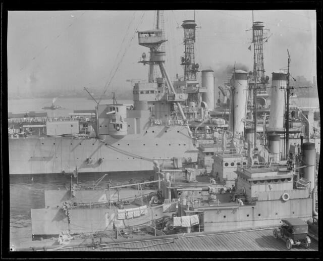 War activities around Boston during the big World War, Navy Yard