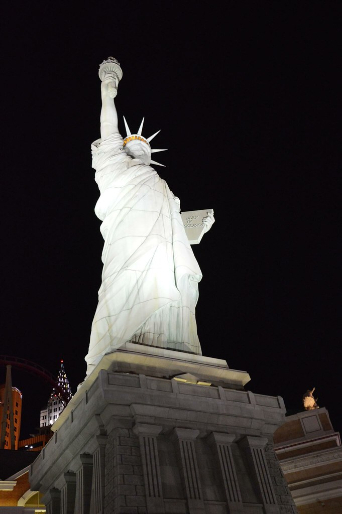 Newyork Newyork at night
