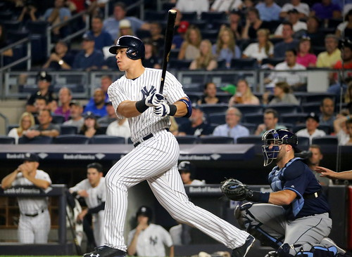 The Yankees' Aaron Judge singles during the first inning. | by apardavila
