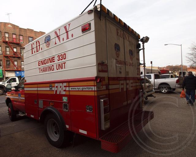 Bensonhurst Car Service >> Fdny Engine 330 Thawing Unit Truck Bensonhurst Brooklyn
