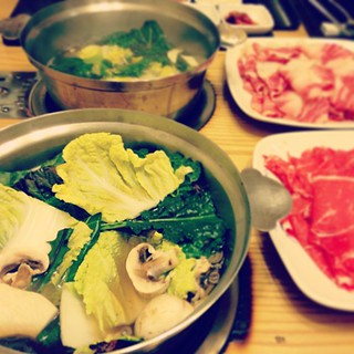 #Seoul #Korean #Japanese #Style #Food #ShabuShabu #Meat #Vegetable #Soup | by IchStyle