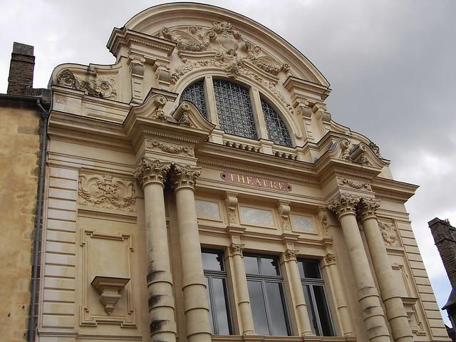 Théâtre Victor Hugo à Fougères...