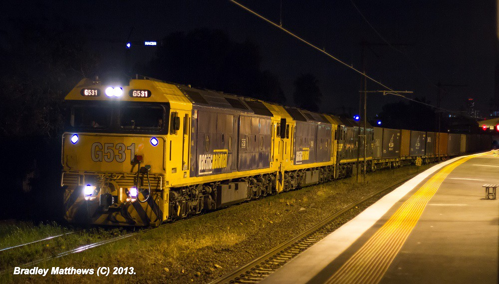 G531-G530-G537 (Triple Bricks) on 7MC2 to Junee/Griffith at Middle Footscray (4/5/2013) by Bradley Matthews