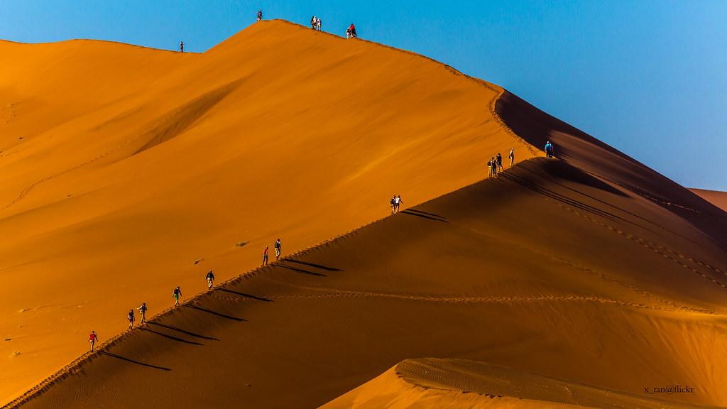 Walking Big Daddy Sossusvlei Namibia X Tan Flickr