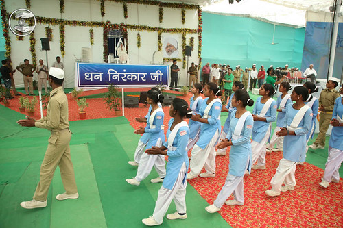 Satguru Pranam and March Past by Sewa Dal Volunteers