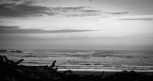 monochrome cloud washington pacific